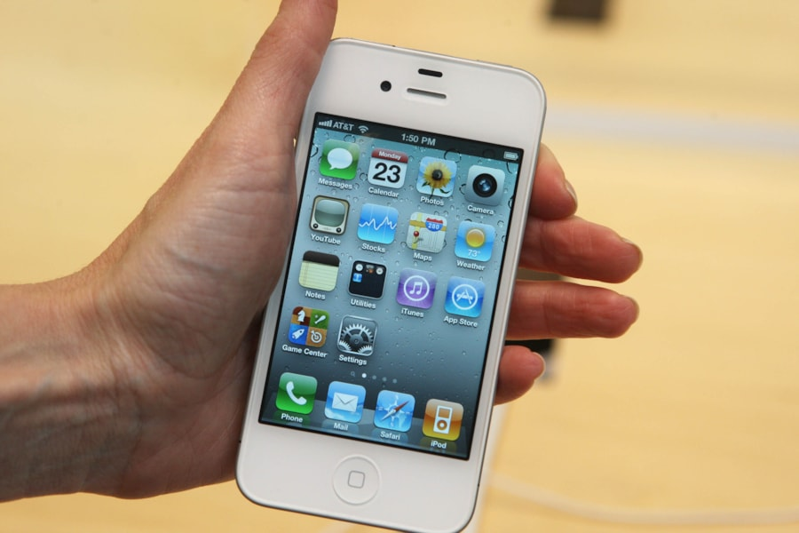 NEW YORK, NY - MAY 23:  The white iPhone 4 is held inside an Apple Store May 23, 2011 in New York City.  The first Apple Store opened 10 years ago, and looking ahead, Apple has added several new experiences for customers in their retail locations.  (Photo by Daniel Barry/Getty Images)