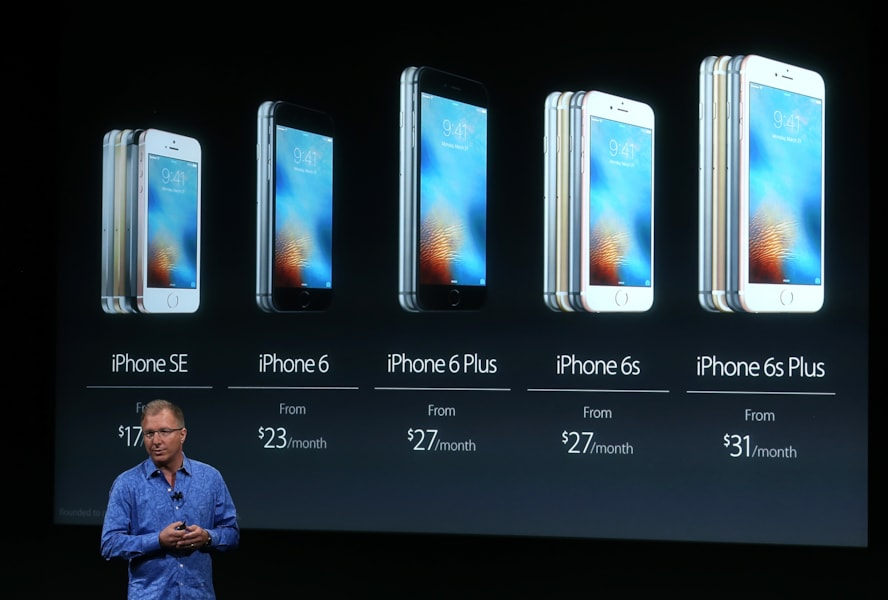 CUPERTINO, CA - MARCH 21:  Apple VP Greg Joswiak announces the new iPhone SE during an Apple special event at the Apple headquarters on March 21, 2016 in Cupertino, California. The company is expected to update its iPhone and iPad lines, and introduce new bands for the Apple Watch.  (Photo by Justin Sullivan/Getty Images)