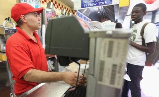 Female fast food employee body-slams a customer in a fight ...